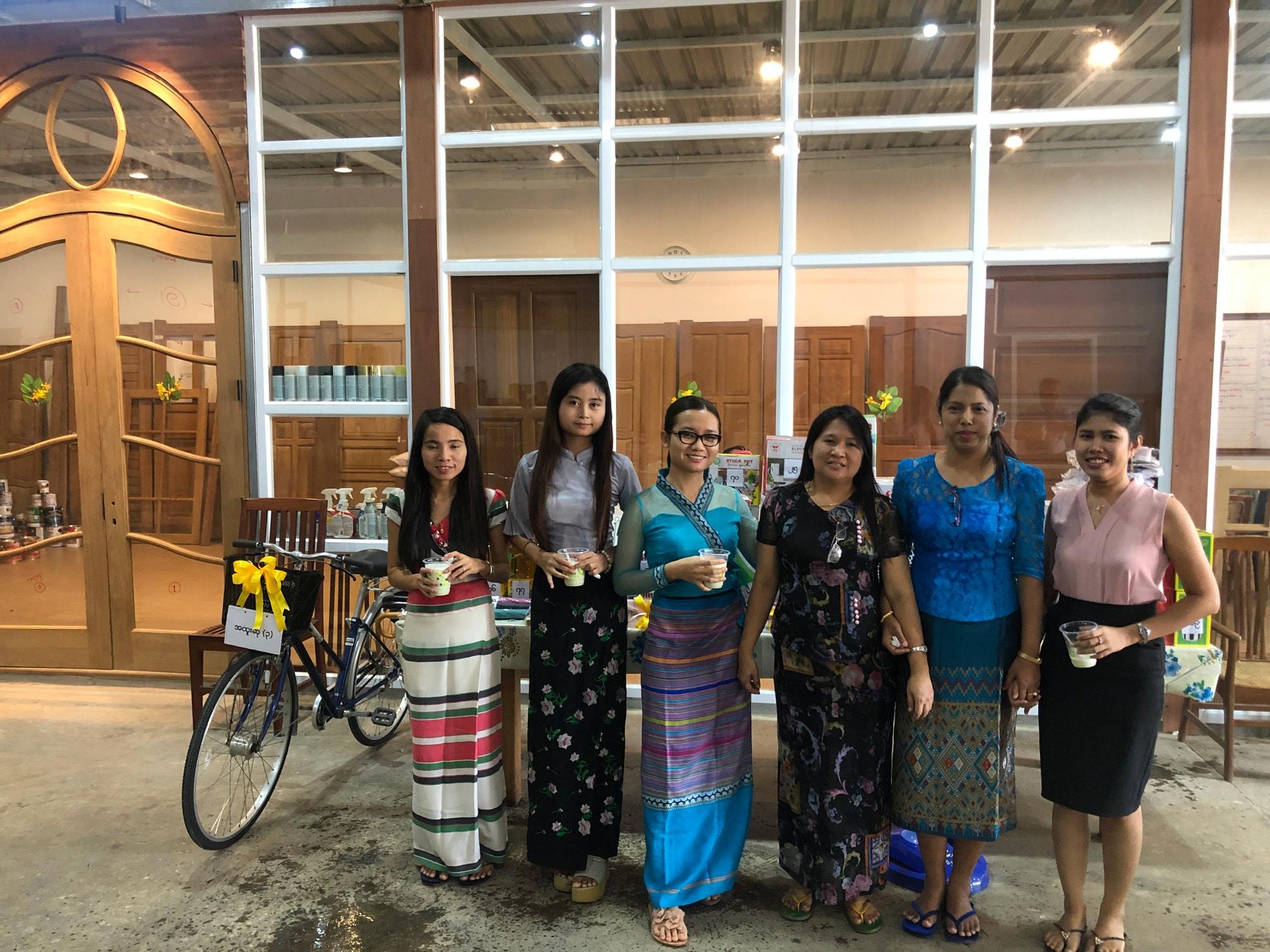 Tingyan Festival Ggi Myanmar
